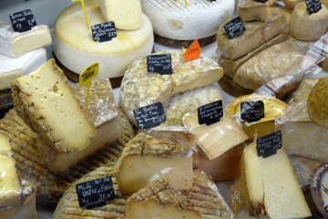 Albi Fromagerie Emeline marché couvert fromages du Tarn