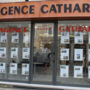 Albi agence Immobilière - Agence cathare - marché couvert - Albi Tourisme